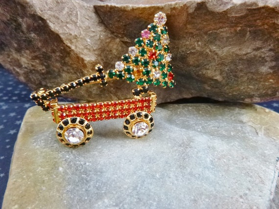Dorothy Bauer Christmas Tree Wagon Vintage Unsigned Brooch | Even the Wheels Turn | Swarovski Crystal and Rhinestone Brooch | Book Piece