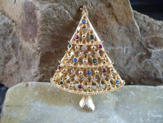 J.J. Collectible Christmas Tree Vintage Pin with Stars and Rhinestones Book Piece
