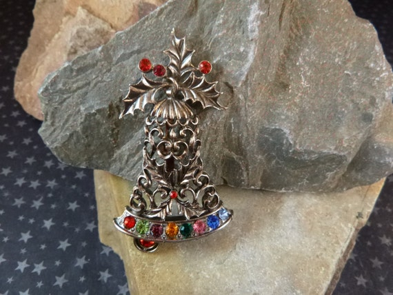 Vintage Beatrix Large Christmas Bell Pin with Bright Rhinestones pre-l975