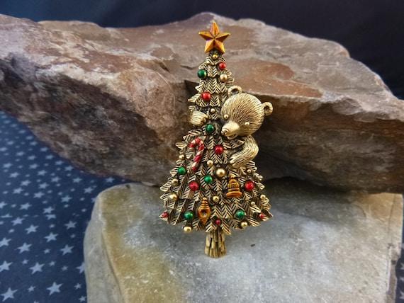 Bear Hugging Christmas Tree Vintage JJ (Jonette) Pewter Brooch