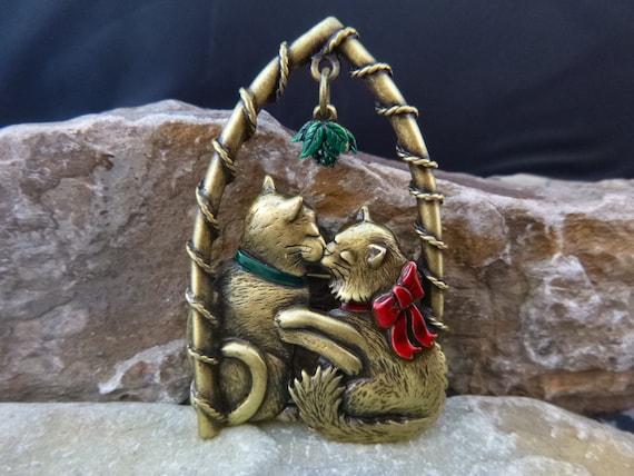 Cat Lover? Cats Under the Mistletoe Vintage Holiday Antiqued Brass JJ Signed Pin | Whimsical Kissing Under the Mistletoe Brooch