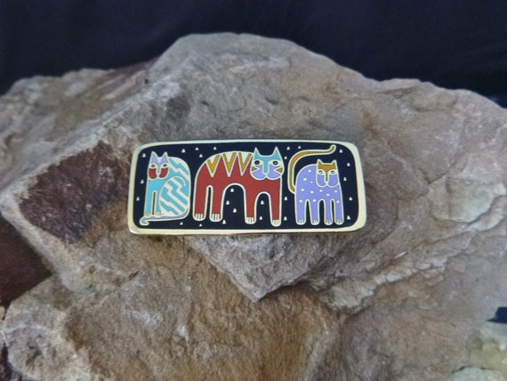 "Laurel Burch ""Fantastic Felines"" Whimsical Three Cats Vintage Enamel Signed Pin"