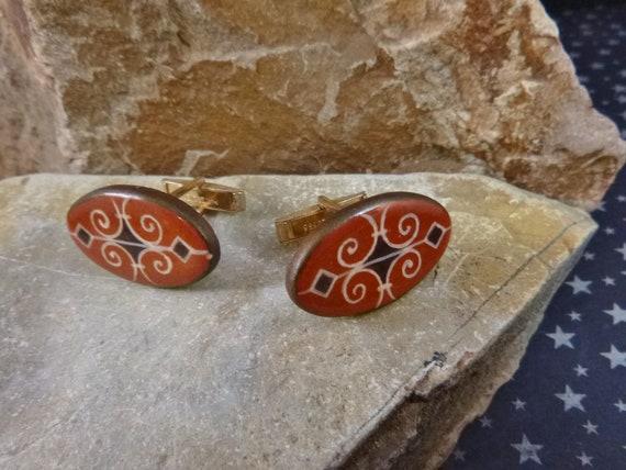 1960s Enamel on Copper Decorative Hippie Cuff Links | Vintage Mid Century Oval Painted Enamel on Copper Cufflinks