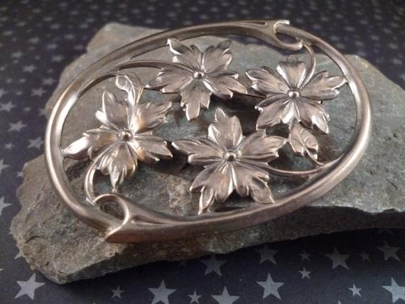 Vintage Silver Tone Metal Oval Floral Brooch