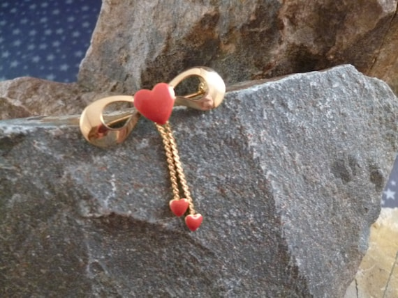 Very Tiny Red Heart Vintage Pin with Bow and Dangling Valentine Hearts