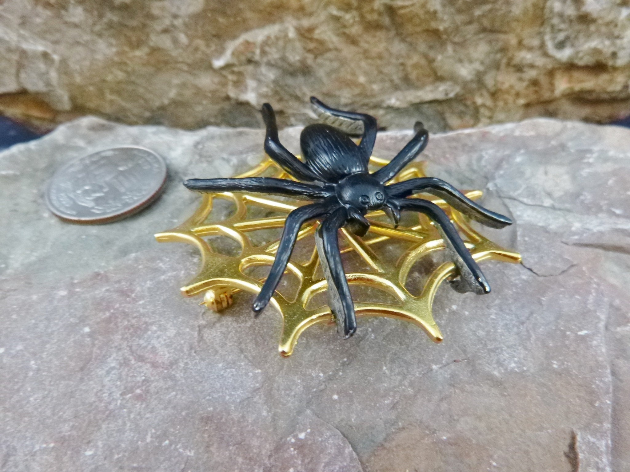 Spooky Scary Very Big Black Articulated Spider on a Spider Web Vintage Halloween Signed JJ Pin
