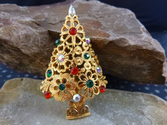 Mylu Collectible Christmas Tree Lacy Floral Design Aurora Borealis and Red and Green Rhinestones Book Piece