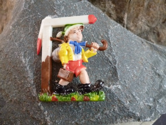 "Circa l950s ""Little Johnny"" Old German Children's Song ""Hänschen Klein"" Painted Celluloid Plastic Pin"
