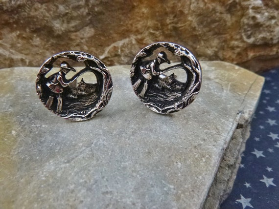 Fly Fishing Vintage Cuff Links | Fly Fisherman Repousse Open Cut Cufflinks