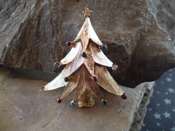 Vintage Tiered Christmas Tree Troubadour Style Signed JJ Brooch / Pin Book Piece