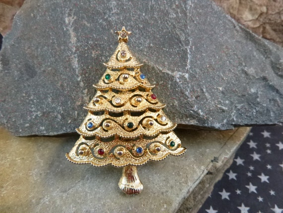 Vintage J.J. Christmas Tree Scallop Bottom Tiered  Brooch / Pin with Rhinestones Book Piece
