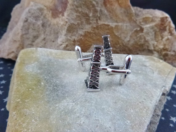 Swank Oil Derrick Rig Drilling Oil Well Silver Tone Vintage Cuff Links   Oil Industry Themed Cufflinks