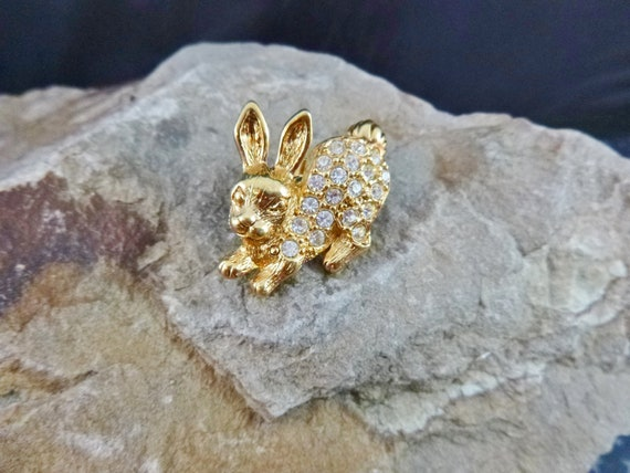 1993 Vintage Avon Rhinestone Easter Bunny Push Back Pin | Book Piece