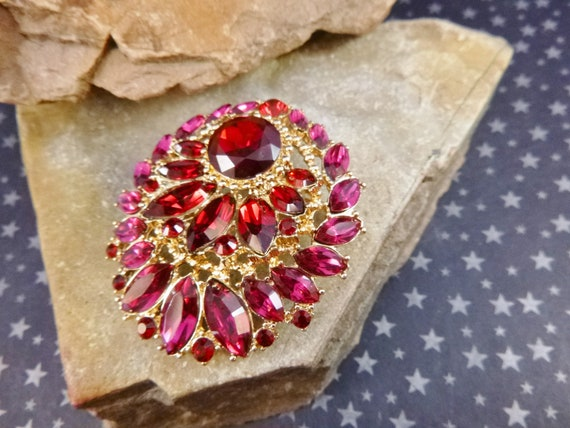 Vintage Napier Red and Fuchsia Large Brooch | Swarovski Crystal Navette Stones | Art Glass Style Glamorous Glitzy Statement Piece