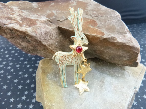 Ultracraft Christmas Reindeer With Dangling Star Streamer Vintage Holiday Pin