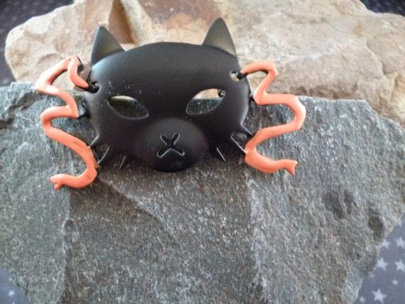 Halloween Black Cat Face Mask-like Vintage Bold Brooch | Signed JJ (Jonette) | Black and Orange Pin