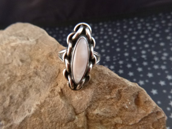 Angela Lee Navajo Silversmith Sleek Vintage Ring | Native American Designer Sterling Silver and Pink-White Stone Size 6.0 | Southwest Flair