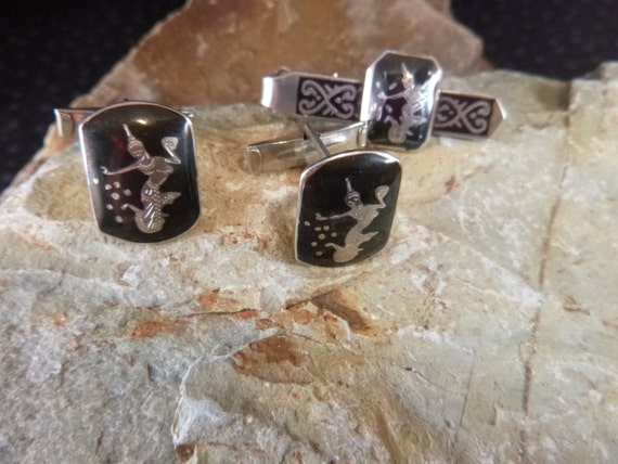 Siam Sterling Silver Niello or Nielloware Cuff Links / Cufflinks and Tie Clasp Vintage Set circa l940s