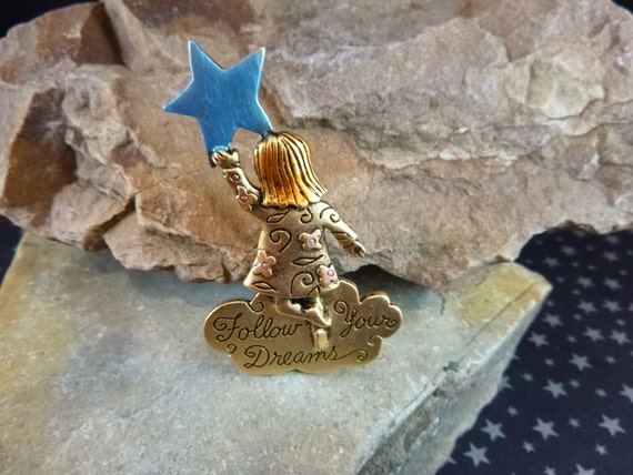 Follow Your Dreams Little Girl Reaching for the Stars Vintage Figural Signed JJ Pin / Brooch
