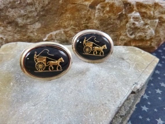Intaglio Horse and Carriage Vintage Cuff Links | Old Fashioned Oval Black and Gold Glass Domed Cufflinks
