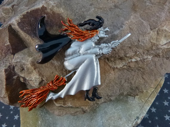 Old Cute Ugly Witch Riding Broom  Signed J.J. (Jonette) Vintage Halloween Pin