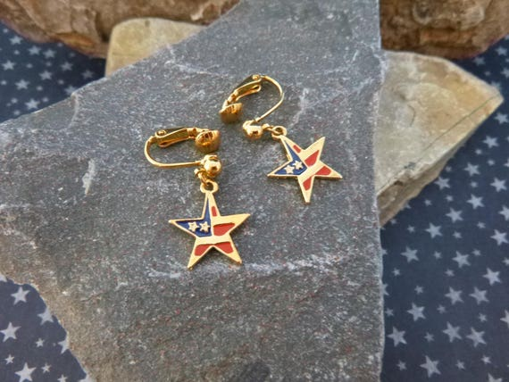 Red, White, and Blue Dangling Star Vintage Earrings   Avon Americana  Patriotic Clip Earrings in Original Box   July 4 Jewelry   Book Piece