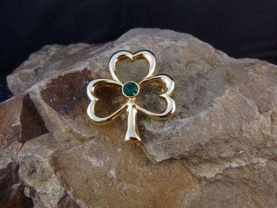 Timeless Irish Shamrock Vintage Brooch | St Patrick's Day or Any Day Classic Shamrock Pin