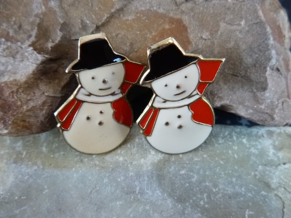 Holiday Snowman Vintage Cute Metal Earrings Red White Black Enamel Post Earrings for Pierced Ears