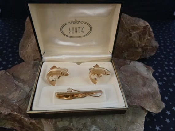 Swank Big Fish Vintage Cuff Links | Fishing Pole Tie Clip & Fish Cufflinks | Fisherman Accessory Set in Original Box