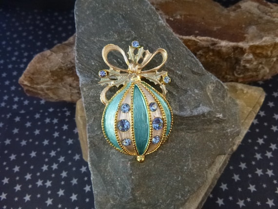 Large Vintage Blue Christmas Ornament Brooch | Holiday Pin | Book Piece | Unsigned Beauty