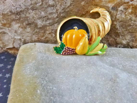Horn of Plenty Thanksgiving Vintage Brooch | New Old Stock Cornucopia Bountiful Harvest Pin