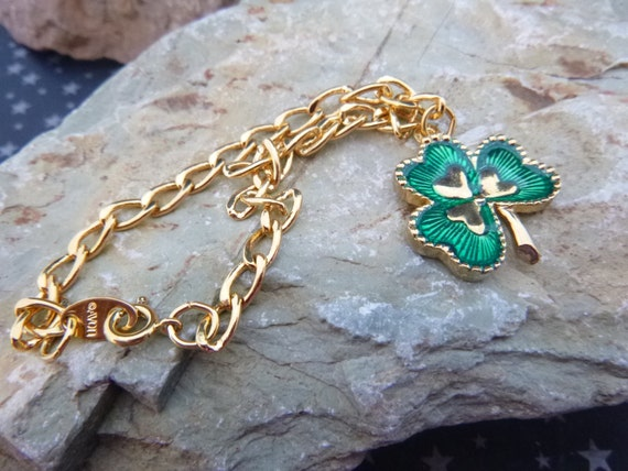 Irish Green Shamrock Charm Dangle Vintage Bracelet | Vintage Avon in Original 1992 Box | St Patrick's Day | Size Small