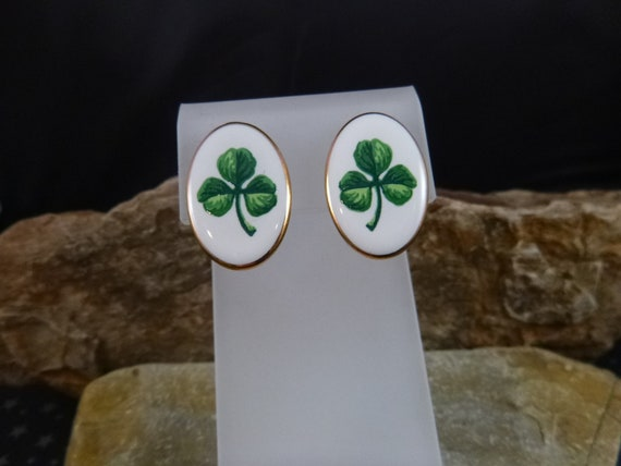 Irish Shamrock Porcelain Oval Vintage 1996 Avon Earrings for Pieced Ears | St. Patrick's Day Earrings | Book Piece with Original Box