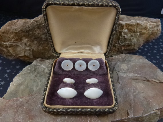 Antique Mother of Pearl Victorian Era Handcrafted Solid Cuff Links with Collar Buttons in Original Box | Book Piece circa l890s