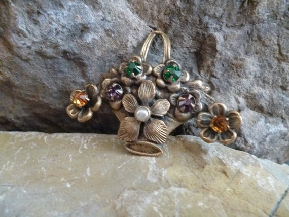 Small Handled Flower Basket Vintage Brooch with Rhinestones and Faux Pearl