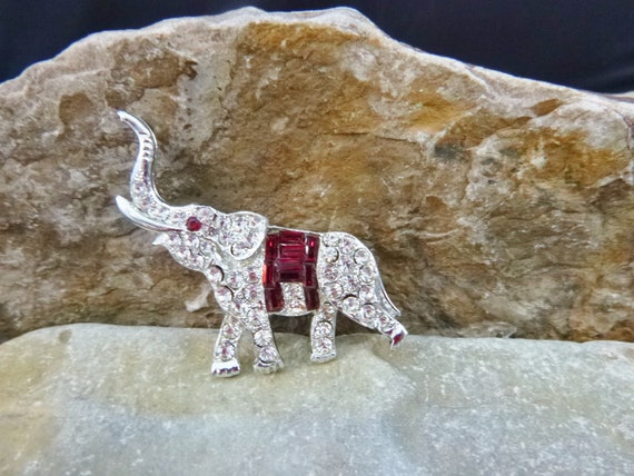 Sparkling Rhinestone Elephant Brooch | Red Baguette Center Vintage Republican Themed Elephant | Patriotic Party Affiliation Elephant Pin