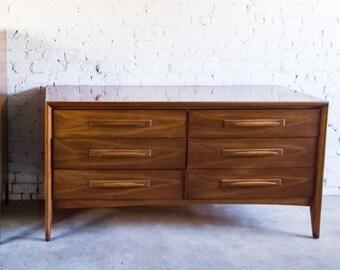 Mid Century Modern Walnut 6 Drawer Broyhill Emphasis Credenza Dresser