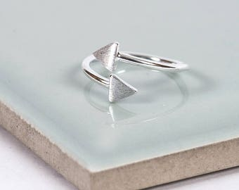 Sterling Silver Arrow Midi Ring