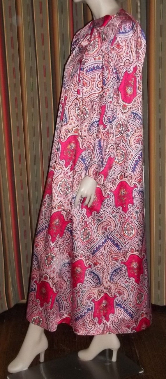Lucie Ann Long Nightgown Loungewear Robe Red Pink… - image 5
