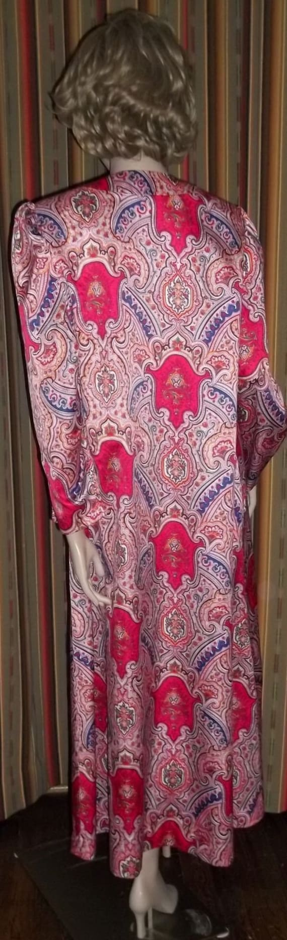 Lucie Ann Long Nightgown Loungewear Robe Red Pink… - image 3