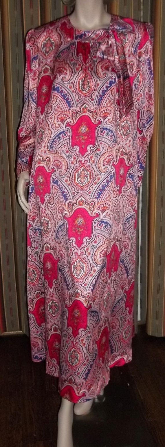Lucie Ann Long Nightgown Loungewear Robe Red Pink… - image 4