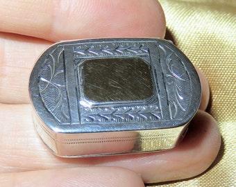 SALE! Antique Solid Silver and Vermiel B. Neresheimer & Sohne Patch Box-Snuff Box-Pill Box-Hanau Germany Hallmarks-Petite Engraved Snuff Box