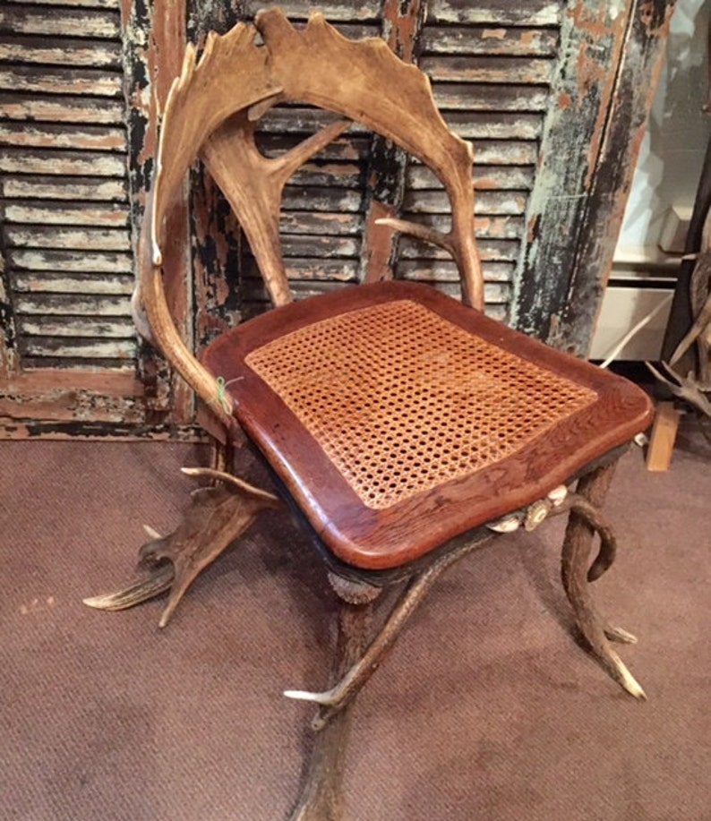 German Antler Chair shipping is additional and not included in image 0