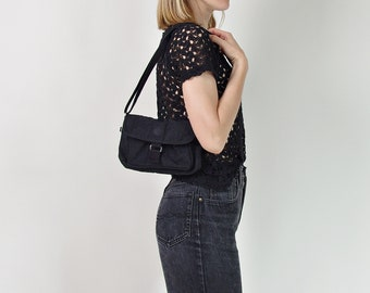 Vtg Kipling baguette bag small crossbody bag / iconic black crinkle nylon bag