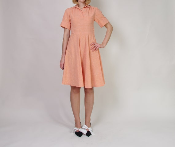 40s 50s Peach day dress, Collared midi dress, Pol… - image 4