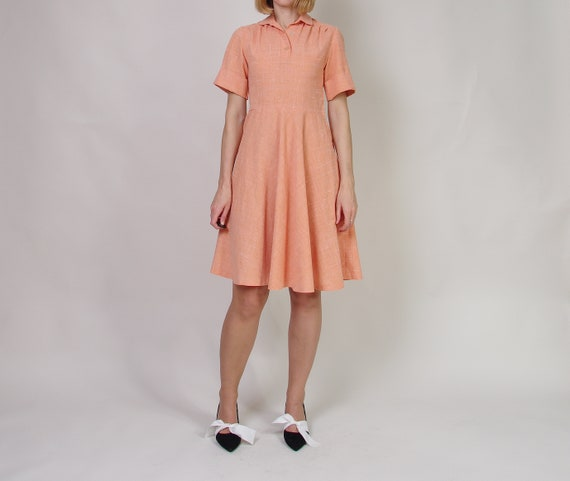40s 50s Peach day dress, Collared midi dress, Pol… - image 7