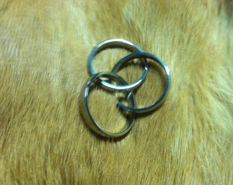 Triple ring stain lace steel size 8 to 12