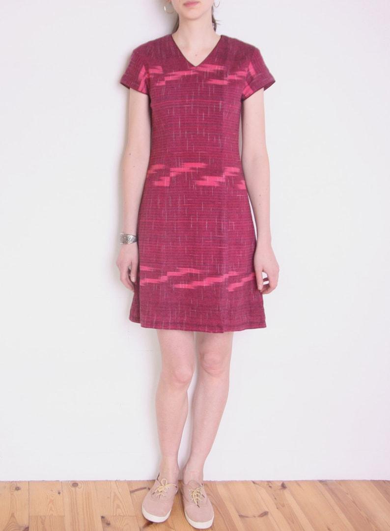 9af6571c5bfd 90 s ikat shift dress burgundy red pink short sleeve