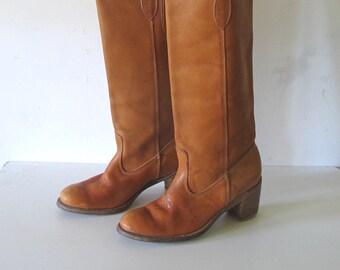 0bf31f2e9347f Vintage des années 70 fabriqué en cuir de boho tan USA campus traction à  cheval sur bottes femmes 6