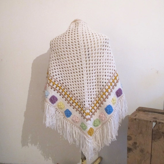 Vintage 70s Boho White crochet wool knit granny r… - image 4